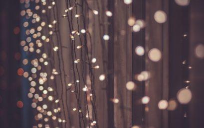 LUMINARIE E ADDOBBI NATALIZI IN CENTRO: ECCO COME PRESENTARE LA DOMANDA