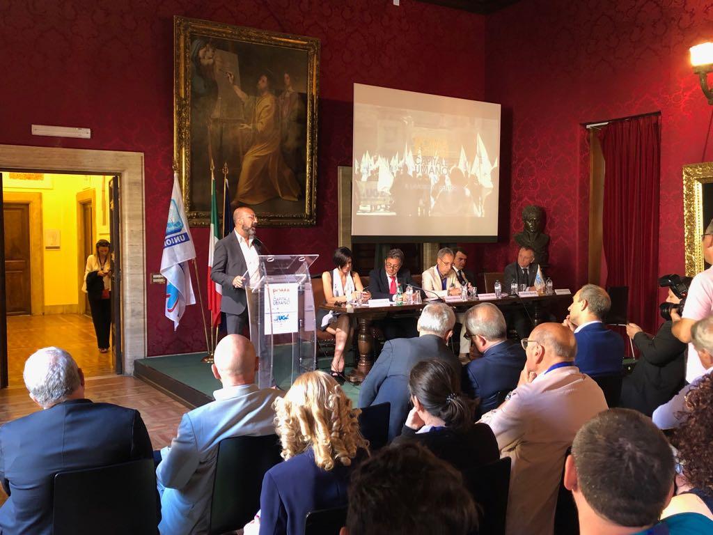 CONFCOMMERCIO ROMA INTERVIENE AL CONGRESSOUGL UTL ROMA. AUGURI DI BUON LAVORO AL NEO SEGRETARIO ROSSI
